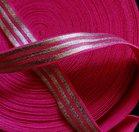 soepel dun elastiek met drie zilveren banen 1,5 cm breed fuchsia