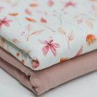 Tricot watercolorprint:  bloemen en blaadjes op gebroken wit