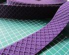 taille-elastiek 4 cm breed: paars met ingeweven ruit /HALVE METER