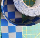 sterk dun band met reflecterende ruitjes 5 cm breed / blauw