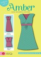 Amber patroon van een overslagjurk naar een ontwerp van Joliyou