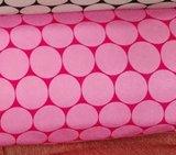 Sheldon: softshell grote rondjes lichtroze/fris fuchsia, winddicht_