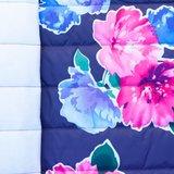 Doorgestikte jassenstof donkerblauw met bloemen_