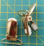 bretelclip, mooi glanzend goudkleurig met ronde hoeken voor band 25 mm _