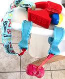 KLEM wit voor het vastklemmen van speelgoed, tas, enz._