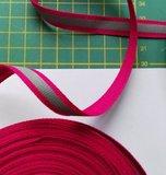 1 cm breed ribsband met reflecterende streep op fuchsia_