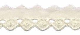 broderie smal, creme