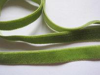 elastisch fluweelband lichtgroen 1cm breed