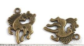 bedeltje: bronskleurig paard