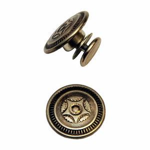 jeansknoop 17 mm oudzilverkleurig met sier-ster / nog 1 !