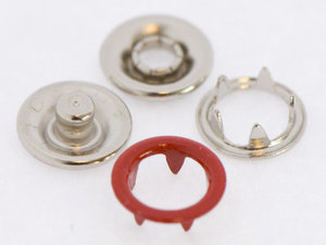 10 metalen open-ring-drukkers 9 mm rood