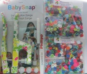 BABYsnaptang met bloemenmotief groen/roze plus kleurenpakket met 200 snaps (maat 20),ongesorteerd
