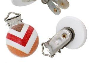 speenkoordclip, hout, chervron bruin/rood/oranje met wit
