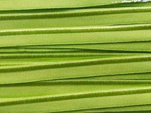 elastisch paspelband, gelig groen