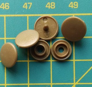 kleine snaps goudkleurig MAT /B11M16