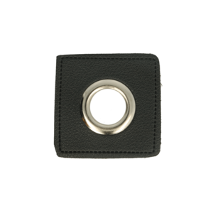 nestels op zwart nepleer: gat diameter 14 mm