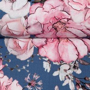 Matti: digitaal bedrukte tricot: bloemen op iets donkerder blauw, grote print!