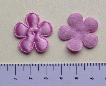 25mm bloem, lila satijn met randje