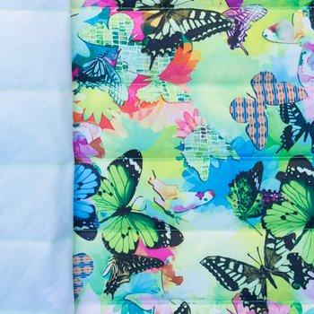 Doorgestikte jassenstof lime met kleurige vlinders