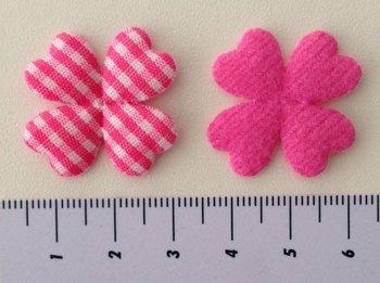 28mm klaverbloem met vier hartenblaadjes, roze/wit