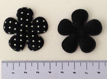 32mm fluweel bloemetje met stip - zwart