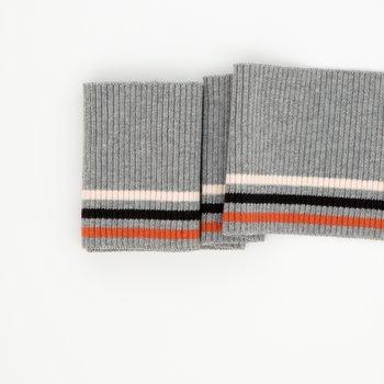 Bonnie:grijs gemeleerd met drie smalle strepen: terracotta, zwart en heel licht roze