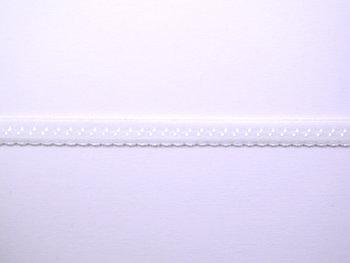 wit omvouwelastiek met klein schulprandje op de vouw