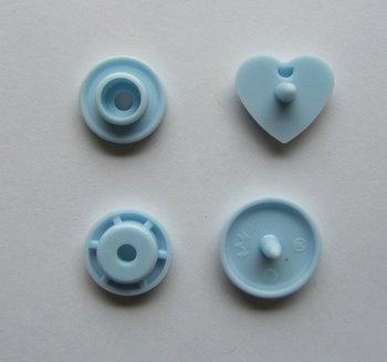 snaps lichtblauw glanzend hartje, kleur 20