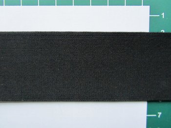 taille-elastiek 4 cm breed: effen zwart /HALVE METER