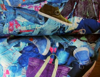 coupon 90 cm: Tim: digitaal bedrukte tricot: denimtricot met grote motieven
