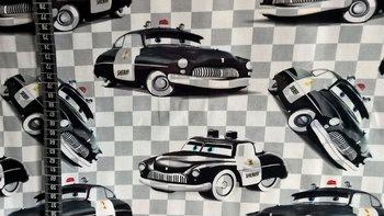 digitaal bedrukte tricot: politieauto