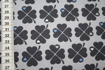 by Graziela: tricot met klavertjes vier: grijs