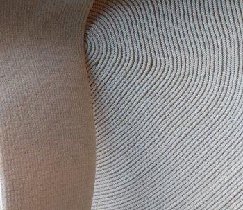taille-elastiek 4 cm breed: licht zandkleurig /HALVE METER