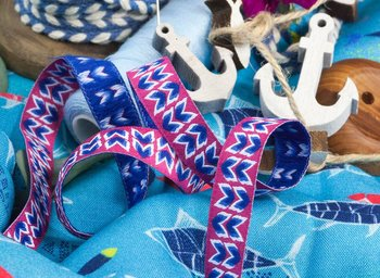 Finny sierband fuchsia uit de On The Open Sea-serie van LilaLotta