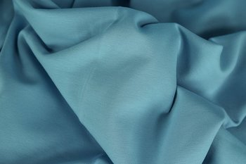 Heike: fijne boordstof lichtblauw/hemelsblauw (foto is van bijpassende Eike)