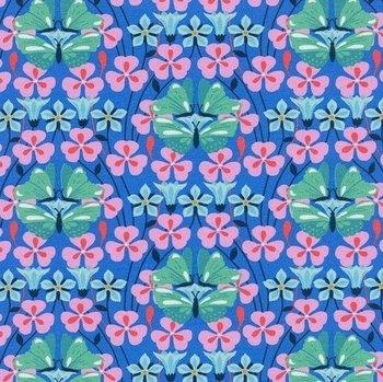 Flora: tricot met vlinders en bloemen op blauw naar een ontwerp van Jolijou