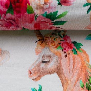 Matti, eenhoorns en bloemen op wolwitte tricot