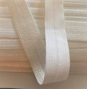 wit: omvouwelastiek 2 cm breed met een mooie structuur