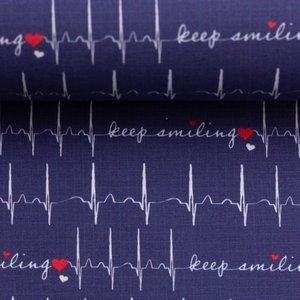 Toni: ECG print op donkerblauwe katoen met tekst: keep smiling