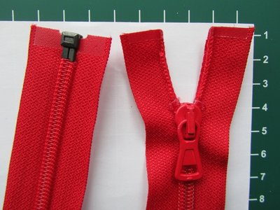 Deelbare rits met automatische runner, rood, 45 cm
