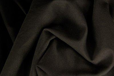 Heike: fijne boordstof zwart (foto is van bijpassende Eike)