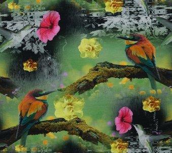 coupon 50 cm: Tim: digitaal bedrukte tricot: kolibrie's in het groen met bloemen