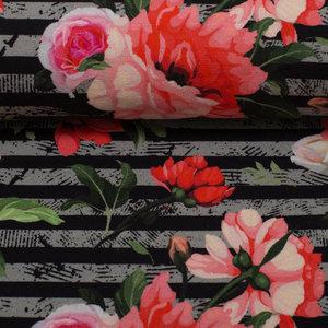 Matti: digitaal bedrukte tricot: rood/roze bloemen op grijs/zwarte strepen