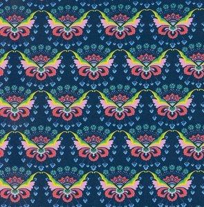 Flora: tricot met bloemenvlinders op donkerblauw naar een ontwerp van Jolijou