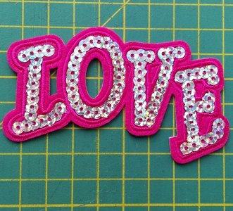 opstrijkbare applicatie: Love letters met pailletjes
