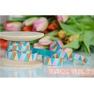 Triangle-Spring-no.1-sierband