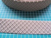 taille-elastiek 4 cm breed: zand met ingeweven ruit /HALVE METER